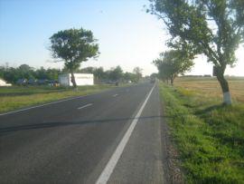 teren langa drumul nationa